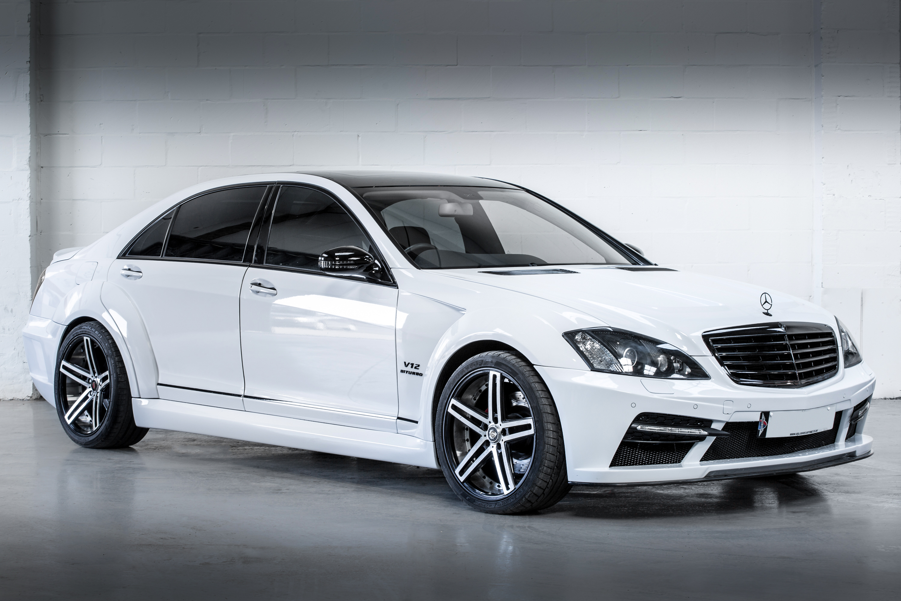V17A1497 Mercedes S-Class to Black Series Wide Kit
