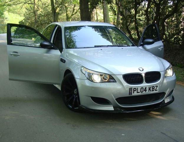 frontE60E61-M5-Front41 BMW M5 E60