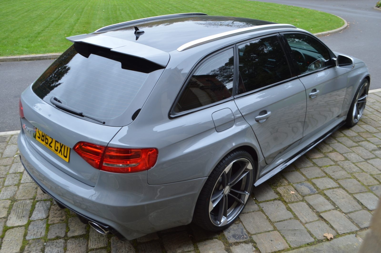audi a4 b8 avant to rs4 full body kit body kits uk xclusive customz. Black Bedroom Furniture Sets. Home Design Ideas