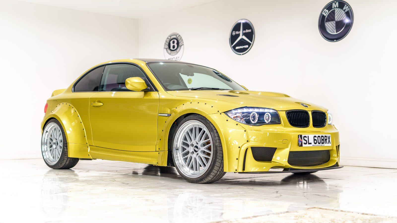BMW E82 / E88   Wide Body Kit   Xclusive Customz