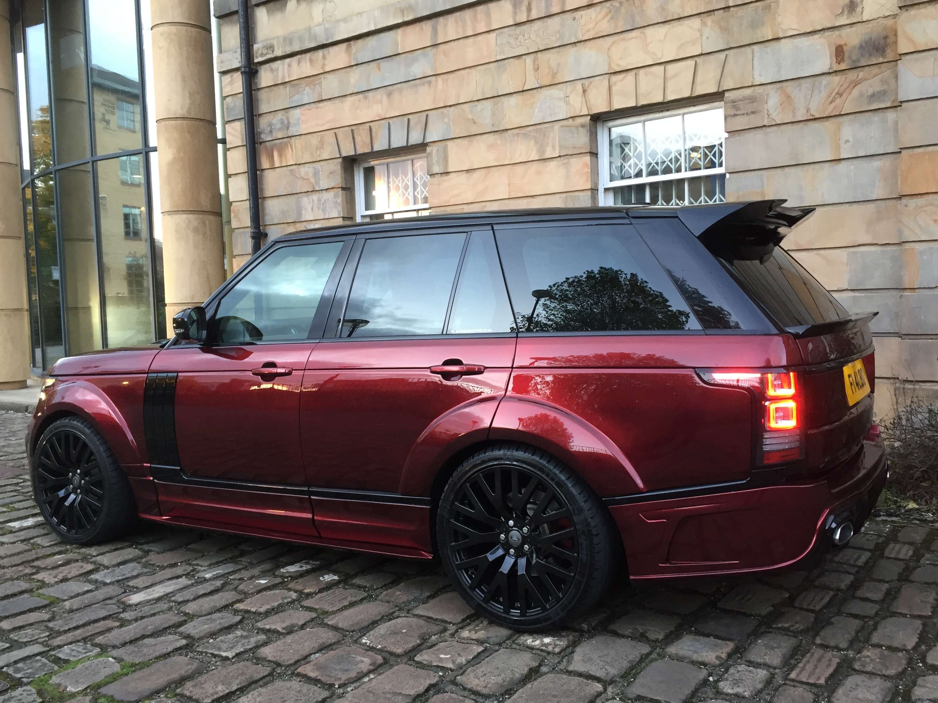 range rover vogue l405 full body kit xclusive customz. Black Bedroom Furniture Sets. Home Design Ideas